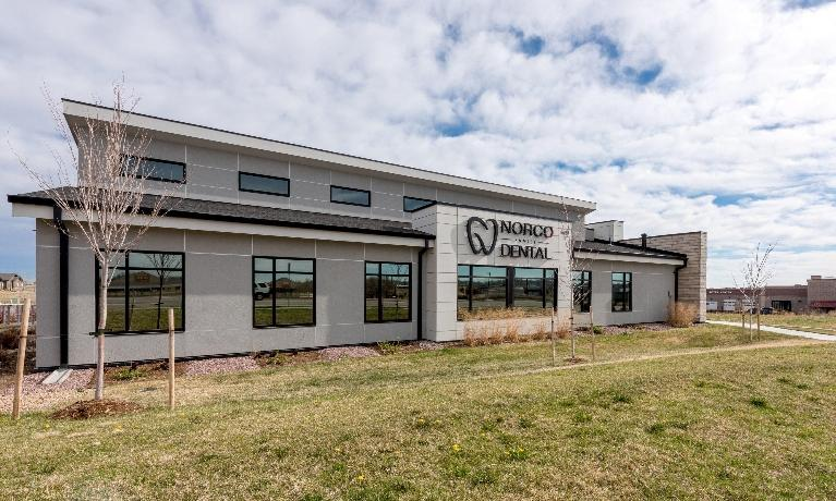 Exterior of office | Dentist Greeley CO